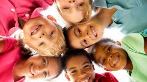 Reírse promueve la sanación en las personas | El Sumario